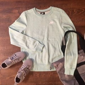 ✅NWT Nike | Cool Mint Crew Size Small